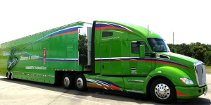 Kenworth_T680 Advantage Road Tour1_TruckPR